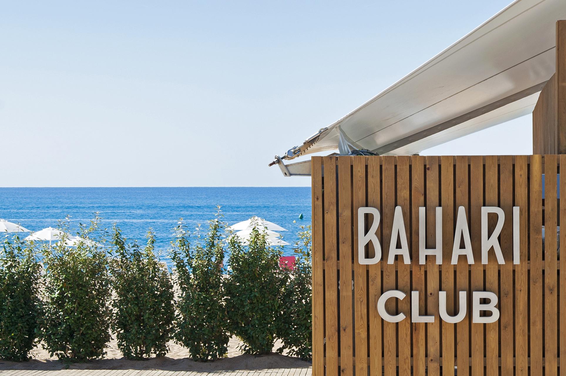 BAHARI CLUB FACHADA