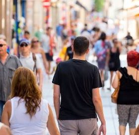 Shopping Centre Comercial de Calella escapades en família i escapades en parella pel centre de Calella